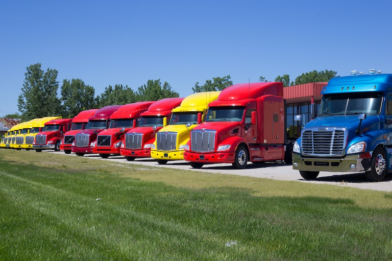 fleet of trucks using fleetops